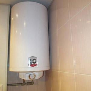 Установка накопительного водонагревателя своими руками в квартире в туалете